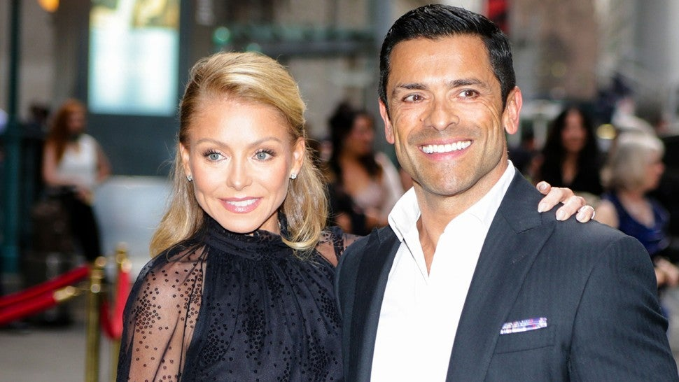 aafa8d437bcfb Kelly Ripa and Mark Consuelos Send Daughter Lola Off to College in ...