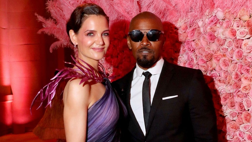 Jamie Foxx Shares Photo With Daughters Following Split From Katie Holmes