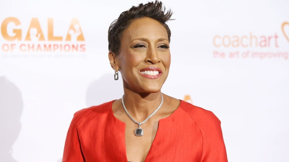 Robin Roberts Believes Her Late Mom Would Be 'Very Pleased' With New Show 'Turning the Tables' (Exclusive).jpg