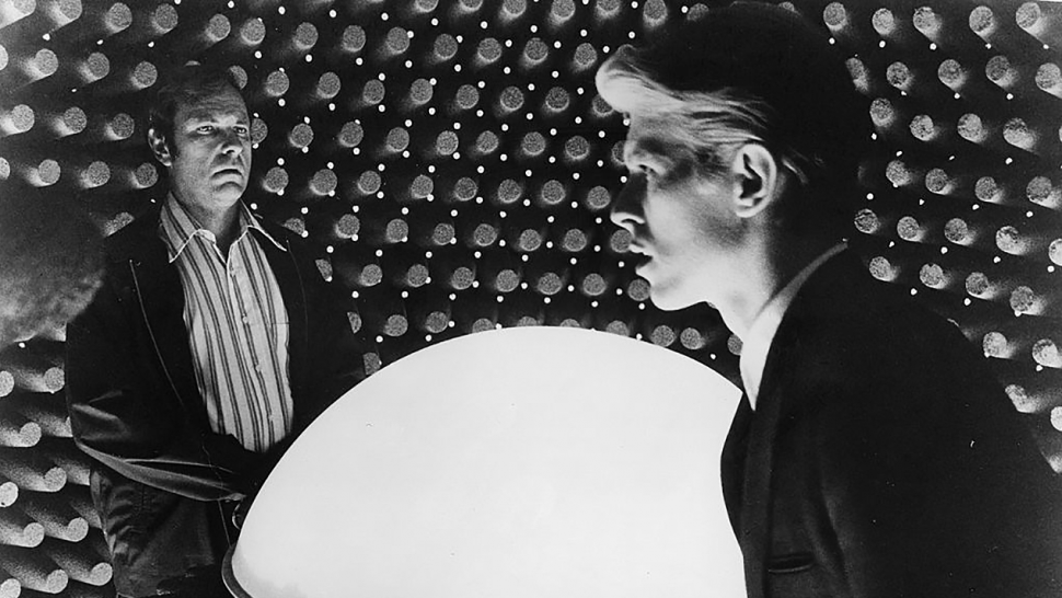 The Man Who Fell To Earth Stream