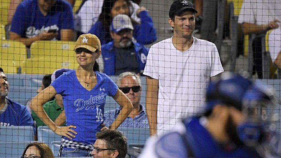 Ashton Kutcher og Mila Kunis begynte dating