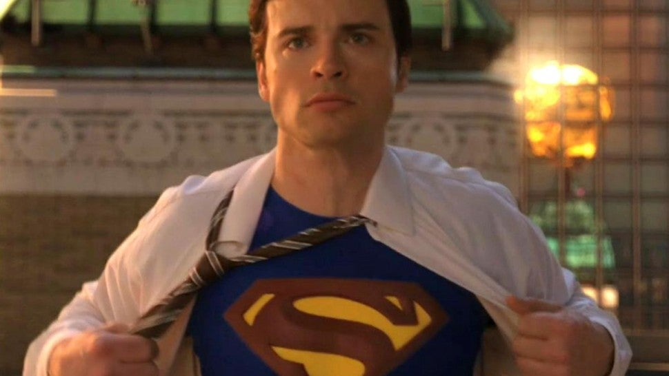 Tom Welling on 'Arrow' as 'Smallville' Star Plays Superman in Crossover