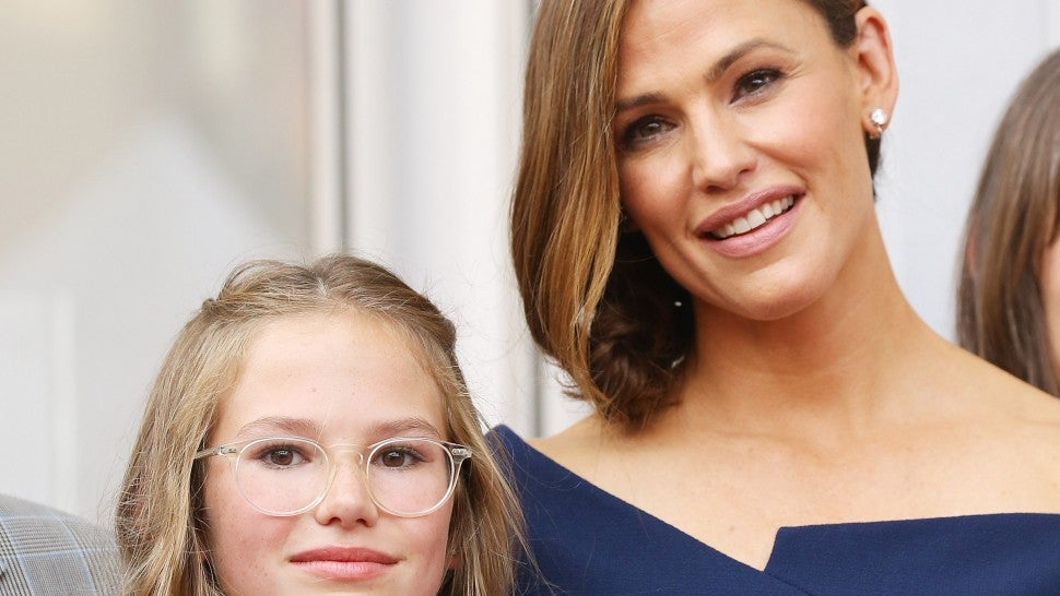 Jennifer Garner and her daughter, Violet Affleck attend the ceremony honoring Jennifer Garner with a Star on The Hollywood Walk of Fame held on August 20, 2018 in Hollywood, California.