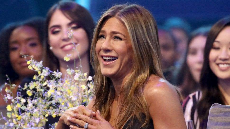 Jennifer Aniston Gives Herself a New Nickname After Dressing Like Harry Styles.jpg
