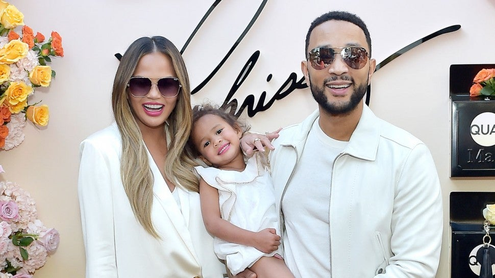 John Legend Praises 'Wonderful Wife' Chrissy Teigen After a 'Year That Tested You in So Many Ways'.jpg