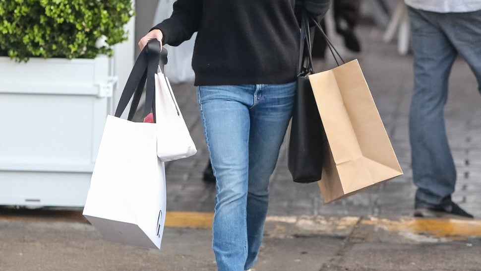 Reese Witherspoon shopping in LA on 2/13