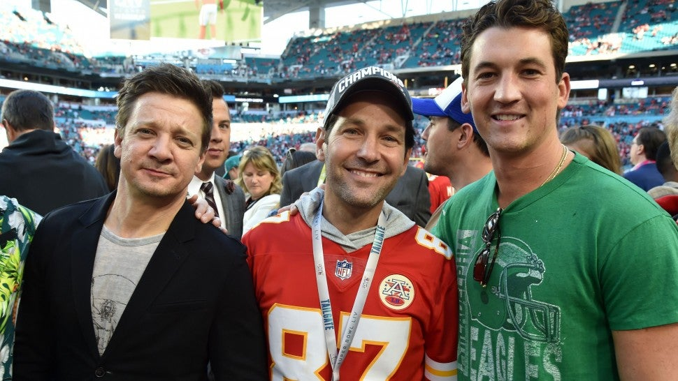 Jeremy Renner, Paul Rudd and Miles Teller at Super Bowl LIV