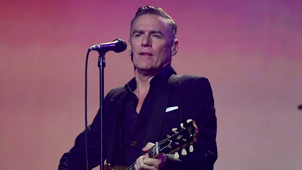 Bryan Adams performs during the closing ceremony of the Invictus Games 2017