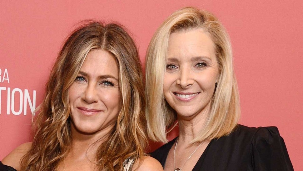 Lisa Kudrow Hilariously Reveals Why Her Son Used to Think Jennifer Aniston Was His Mom.jpg