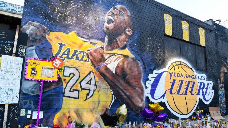 瓦妮莎連發18條動態!洛杉磯一片混亂,Kobe和Gigi壁畫卻依舊完好無損!