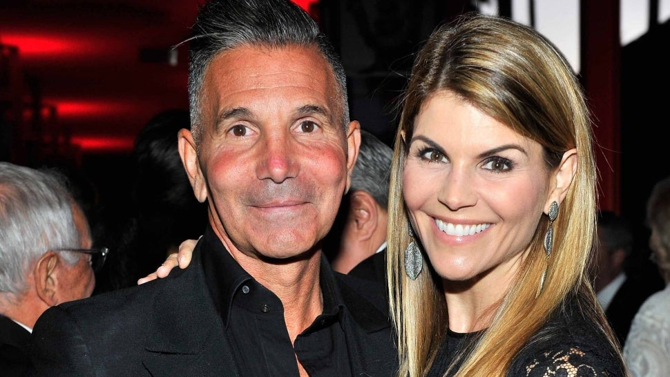 Lori Loughlin and Mossimo Giannulli Ask for Permission to Vacation in Mexico After Prison Release.jpg