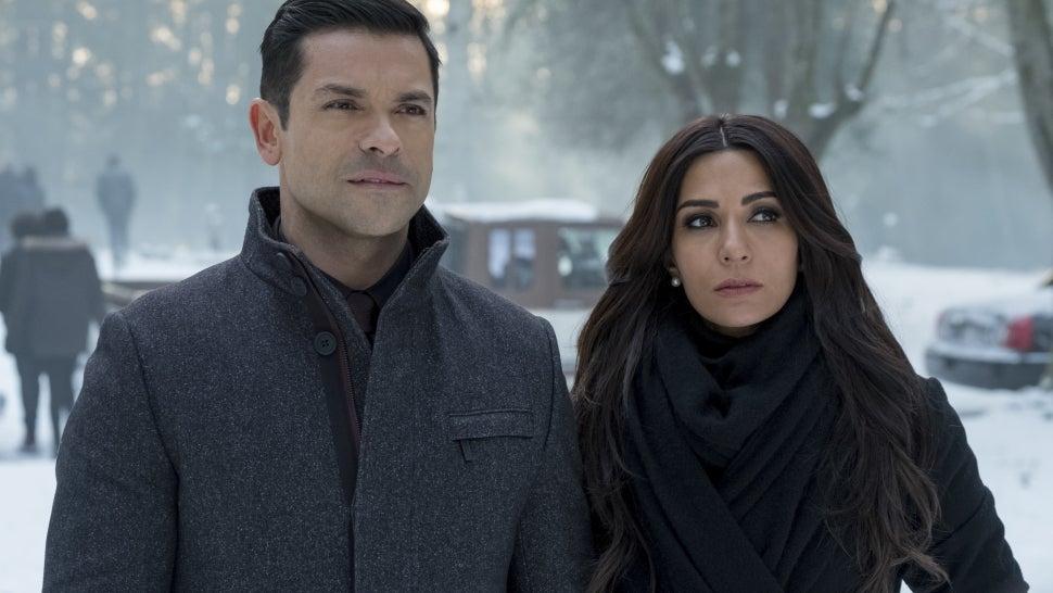 Mark Consuelos Exits 'Riverdale' as Series Regular After Four Seasons.jpg
