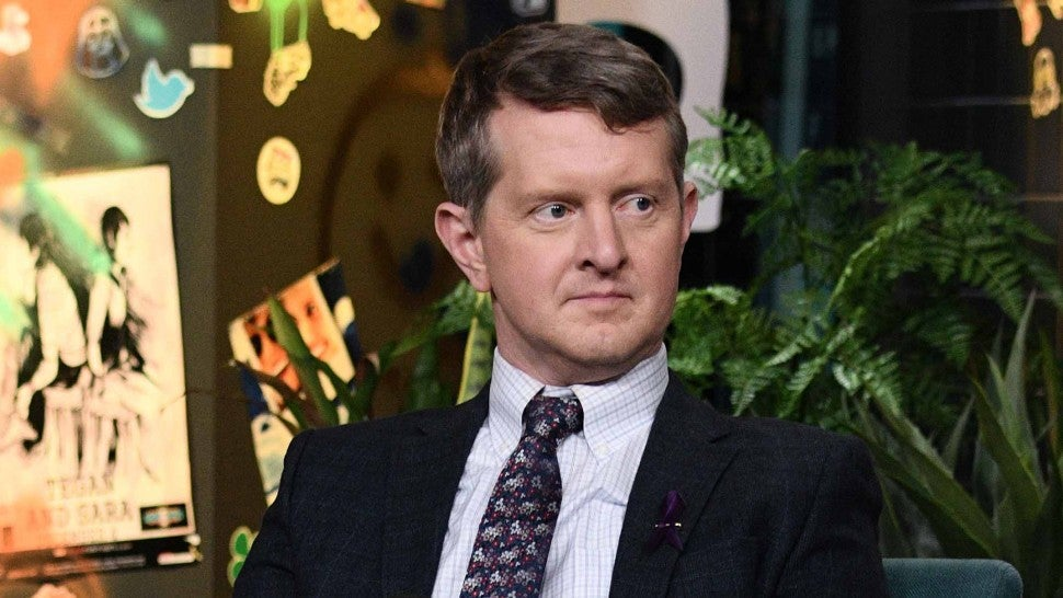 Ken Jennings Apologizes for Past Insensitive Tweets ...