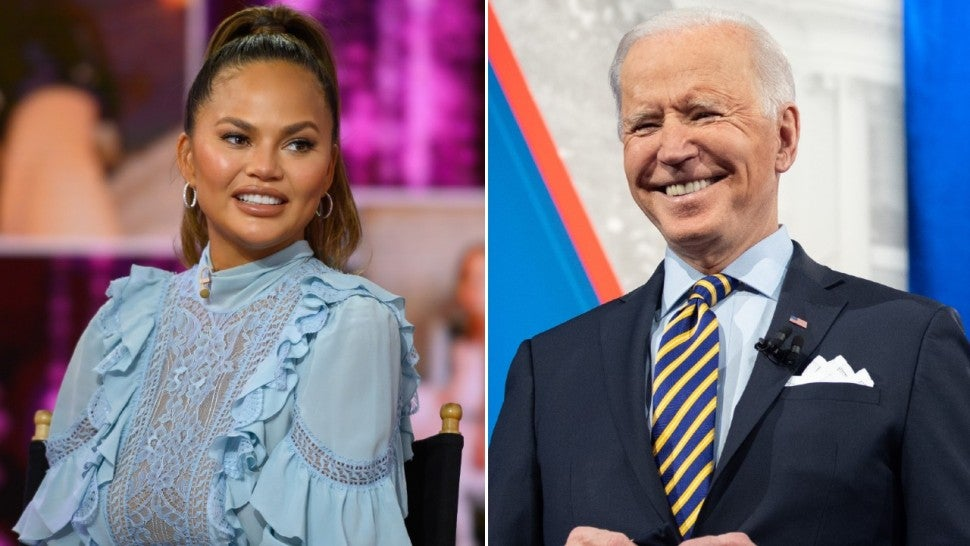 Chrissy Teigen Asks President Biden to Unfollow Her on Twitter and Reacts When He Does.jpg