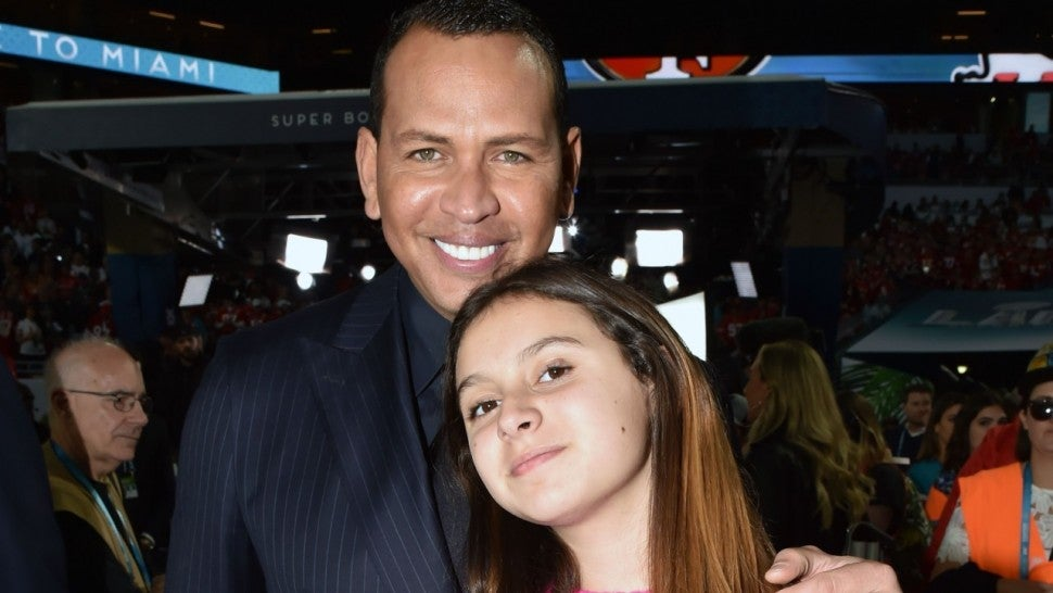 Alex Rodriguez Has a 'Dinner Date' With His Daughters Following Jennifer Lopez Split.jpg