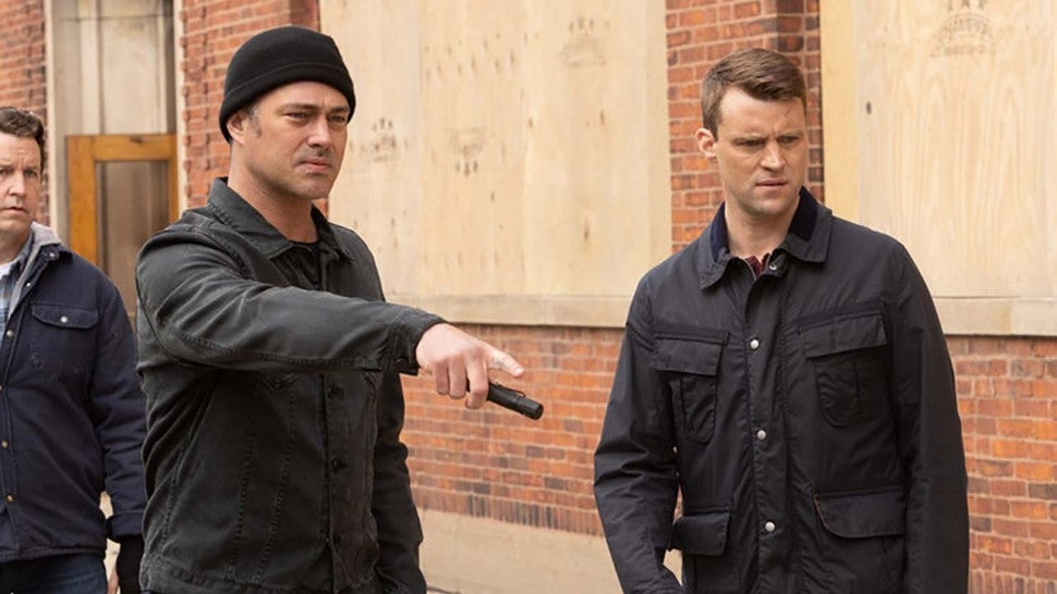 'Chicago Fire' Boss Says 200th Episode Will Be 'One to Remember' (Exclusive).jpg
