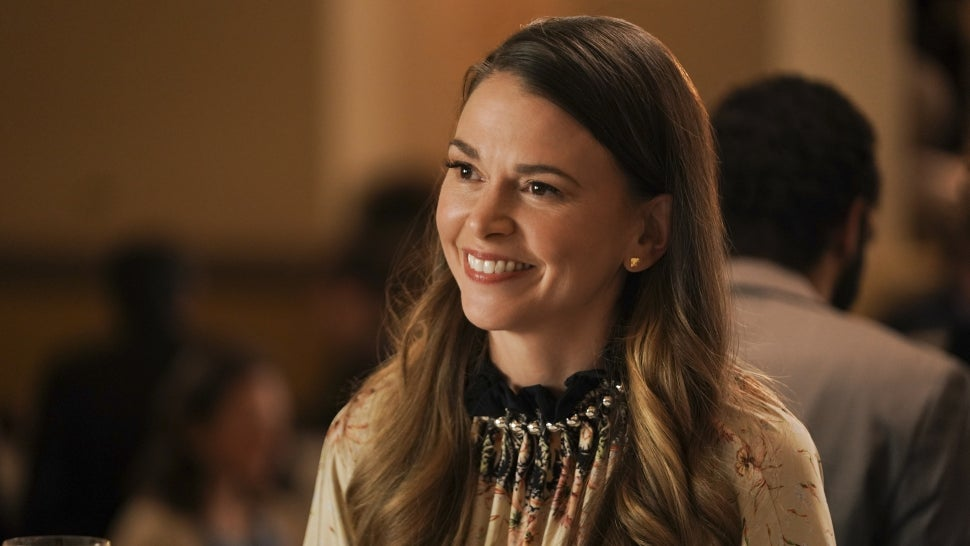 'Younger' Series Finale: Hope for Liza and [SPOILER]? Sutton Foster on That Final Scene (Exclusive).jpg