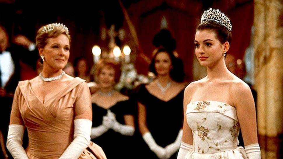 Anne Hathaway Celebrates 20-Year Anniversary of 'The Princess Diaries'.jpg