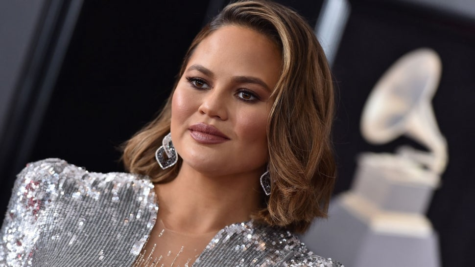 Chrissy Teigen Shows Off the Cosmetic Surgery She Had Done on Her Face.jpg