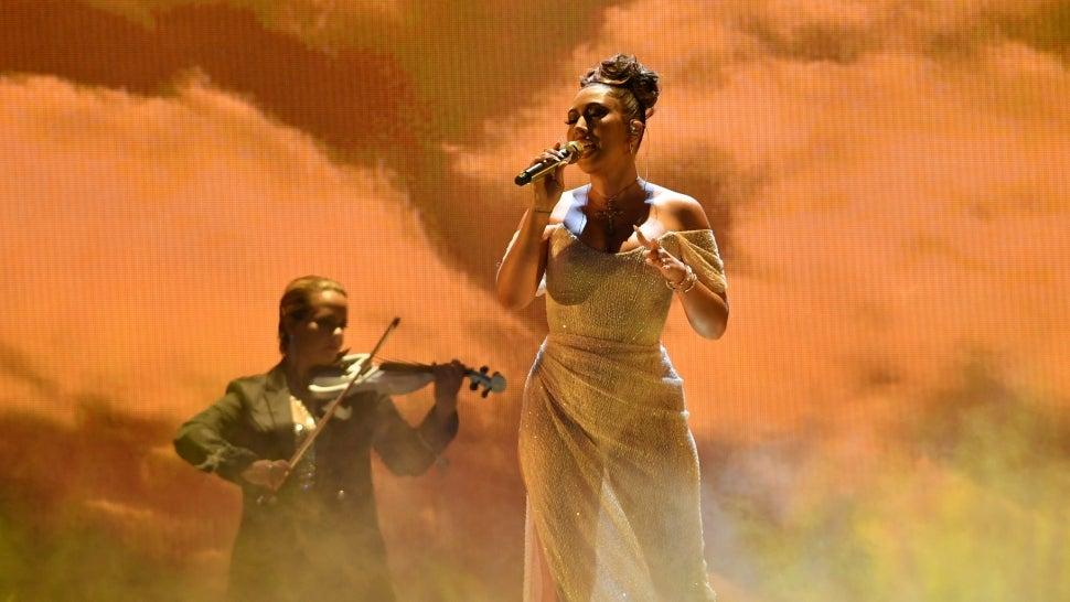 Kali Uchis Radiates in Mesmerizing 'Telepatía Performance at 2021 Premios Juventud.jpg