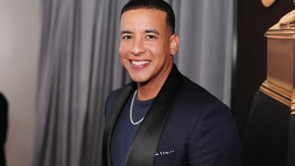 2021 BLMA: Daddy Yankee Delivers Powerful Speech on Unity While Accepting Hall of Fame Award.jpg