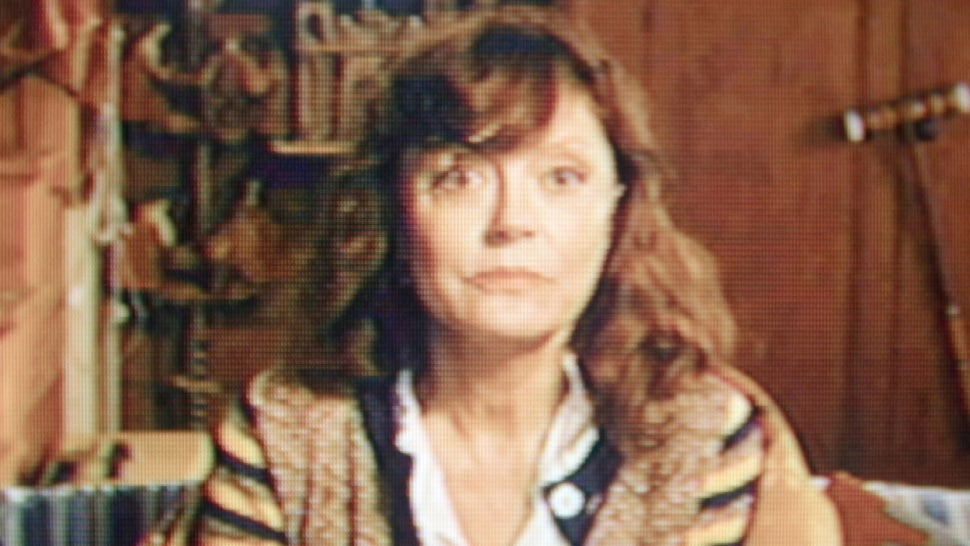 Susan Sarandon Wants to Make Amends From Beyond the Grave in 'Ride the Eagle' (Exclusive Clip).jpg
