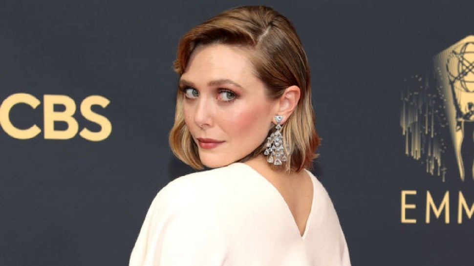 Elizabeth Olsen Wears Mary-Kate and Ashley's Line to the 2021 Emmy Awards.jpg