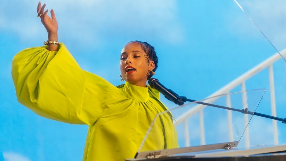 Alicia Keys Gets Personal in 'Noted' Docuseries: Watch the Trailer.jpg