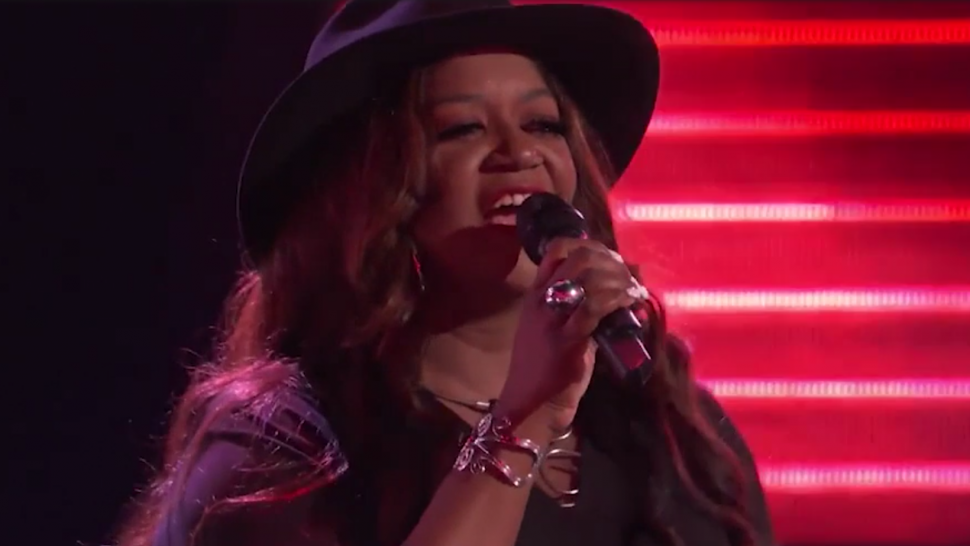 'The Voice': Blake Shelton Says Wendy Moten's 4-Chair Turn Is a 'Top 3 Blind Audition of All Time'.jpg