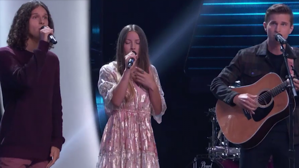 'The Voice': Stunning Vocal Trio Girl Named Tom Gets the First 4-Chair Turn of Season 21.jpg