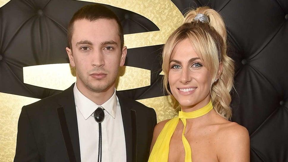 Twenty One Pilots' Tyler Joseph Announces Wife Jenna Is Pregnant With Baby No. 2 at 2021 MTV VMAs.jpg