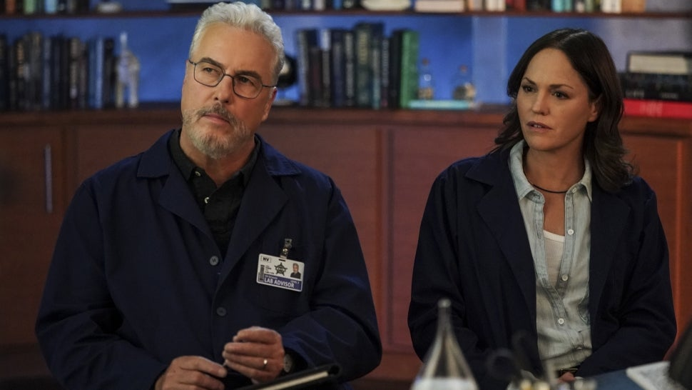 'CSI' Creator on the Magic of Reuniting With William Petersen and Jorja Fox on 'Vegas' Revival (Exclusive).jpg