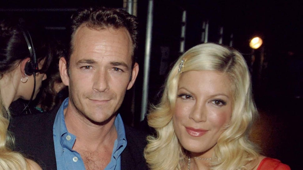 Tori Spelling Says Luke Perry 'Went to Brawl' for Her When She Was in a Verbally Abusive Relationship.jpg