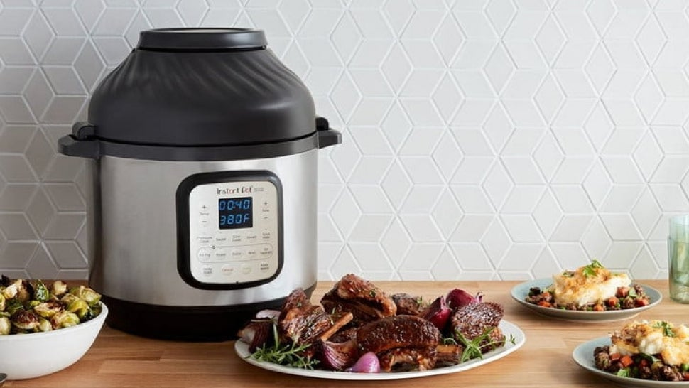 Amazon's Holiday Sale: Get an Instant Pot with a Built-In Air Fryer for Its Lowest Price Ever.jpg