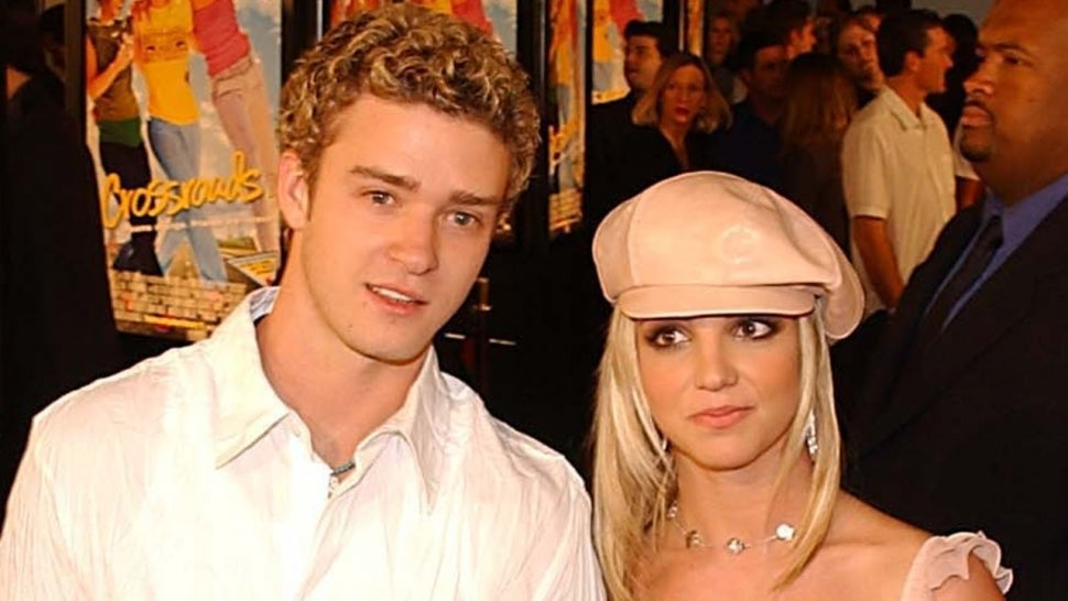 Britney Spears Wears Pageboy Hat 'Like That Girl in the Justin Timberlake Video'.jpg