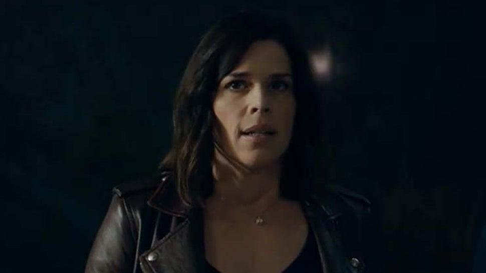 'Scream' Trailer: Ghostface Is Back and So Is Sidney Prescott.jpg