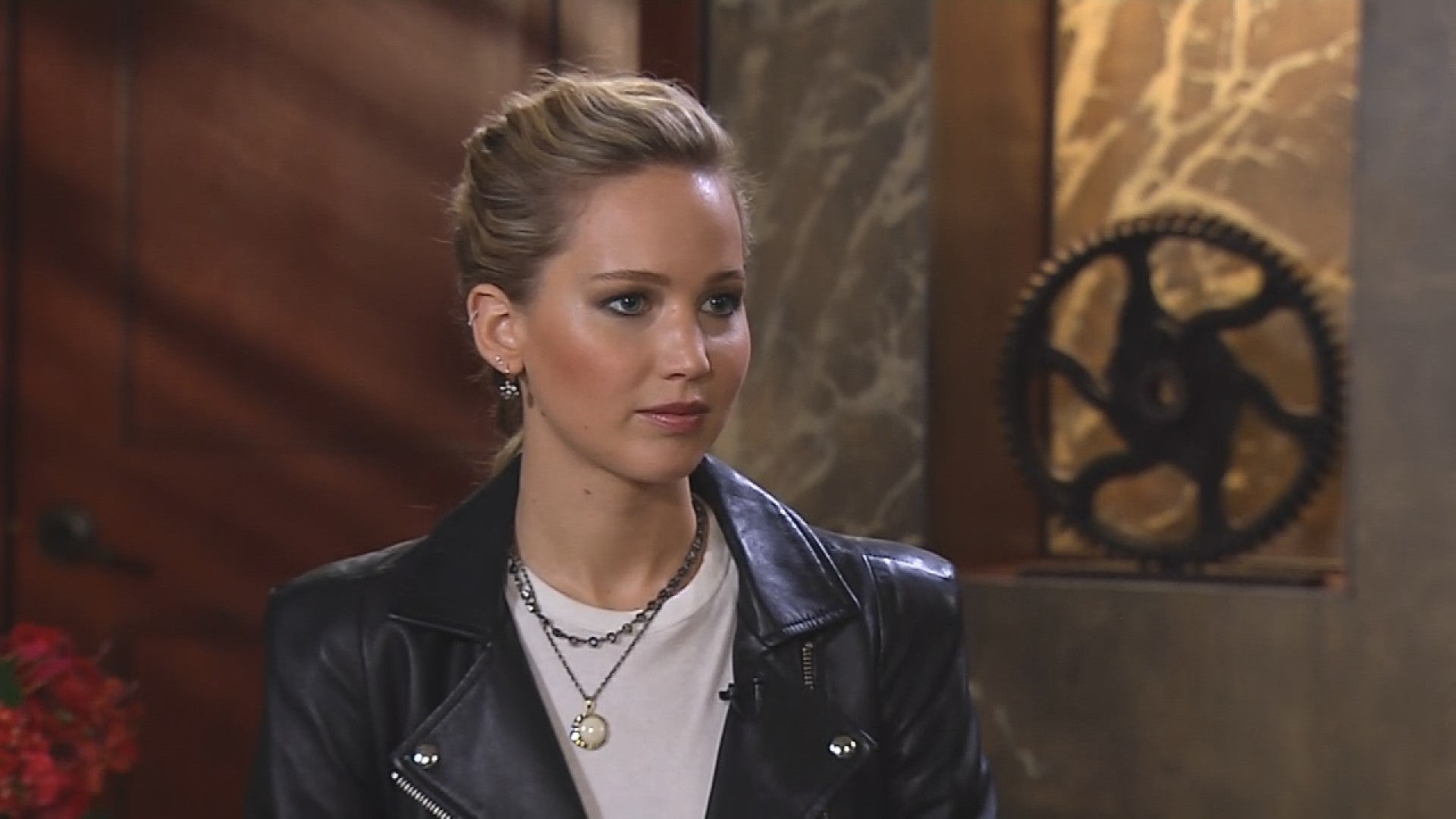 Jennifer Lawrence Reveals The Hardest Part About Playing A Seductive Russian Spy In Red Sparrow Exclusive Entertainment Tonight