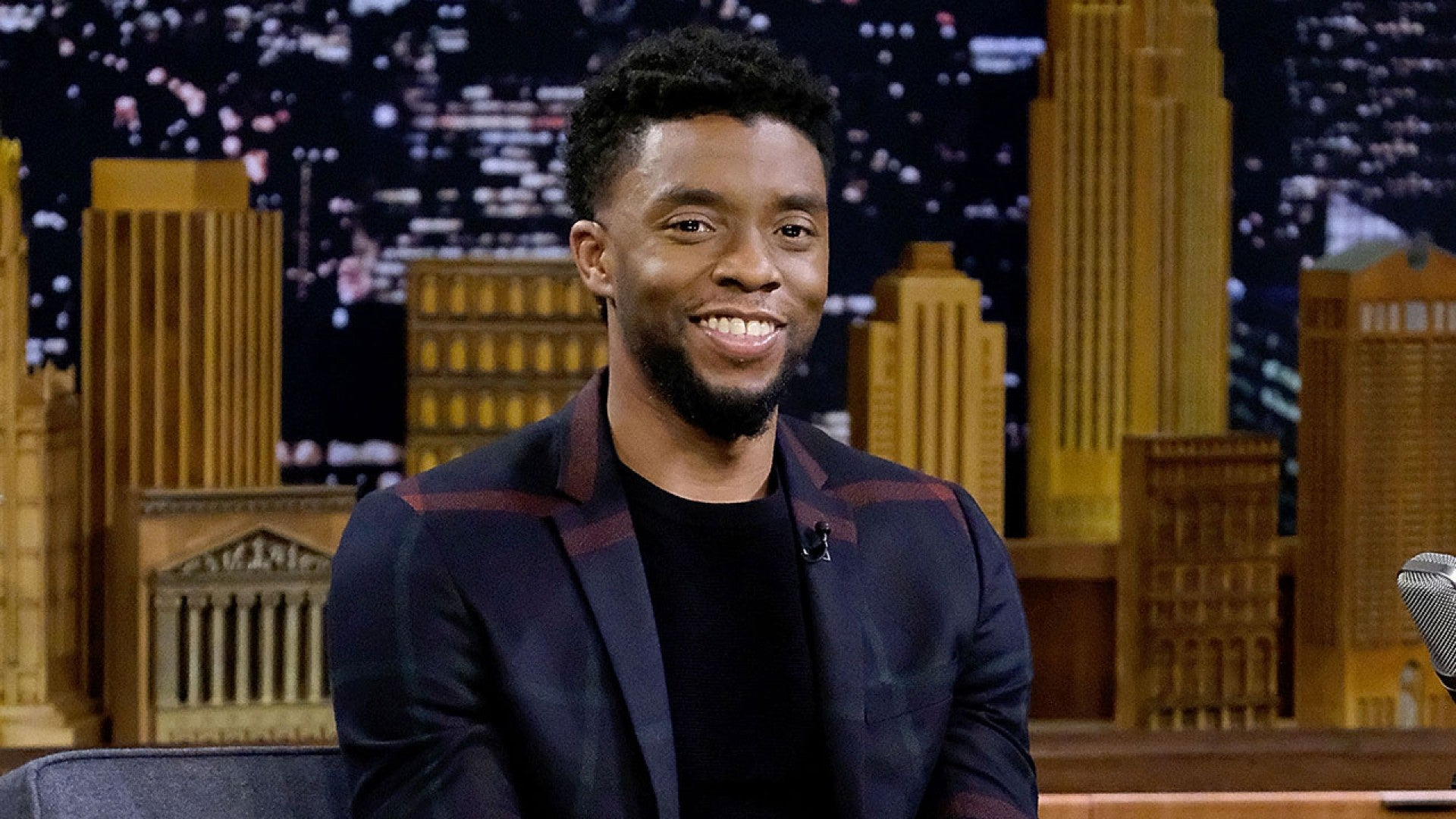 Chadwick Boseman Black Panther Star Dead At 43 Entertainment Tonight