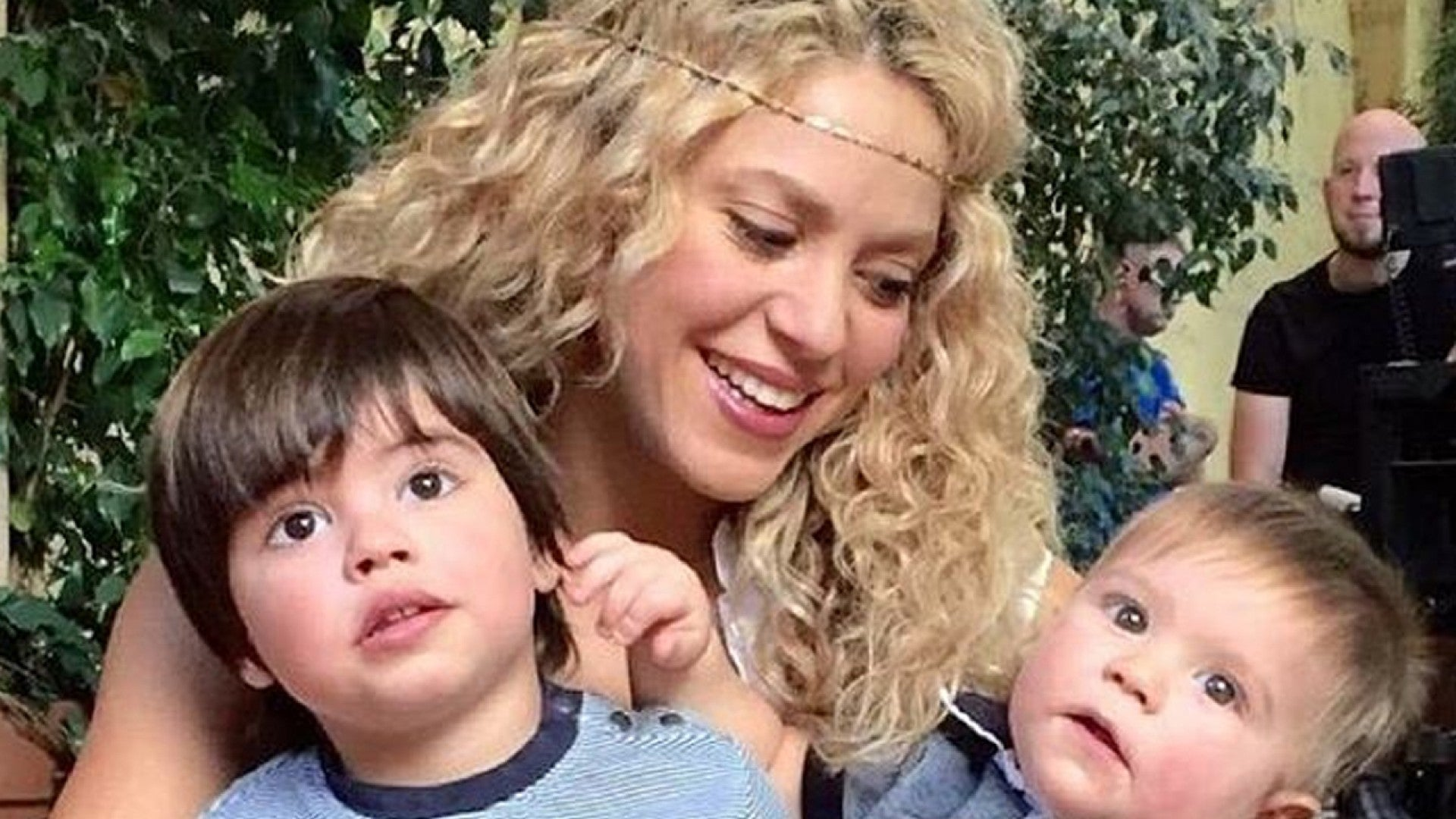 Shakira Shares Adorable Family Photo Of Her Sons My Two Real Gurus Entertainment Tonight