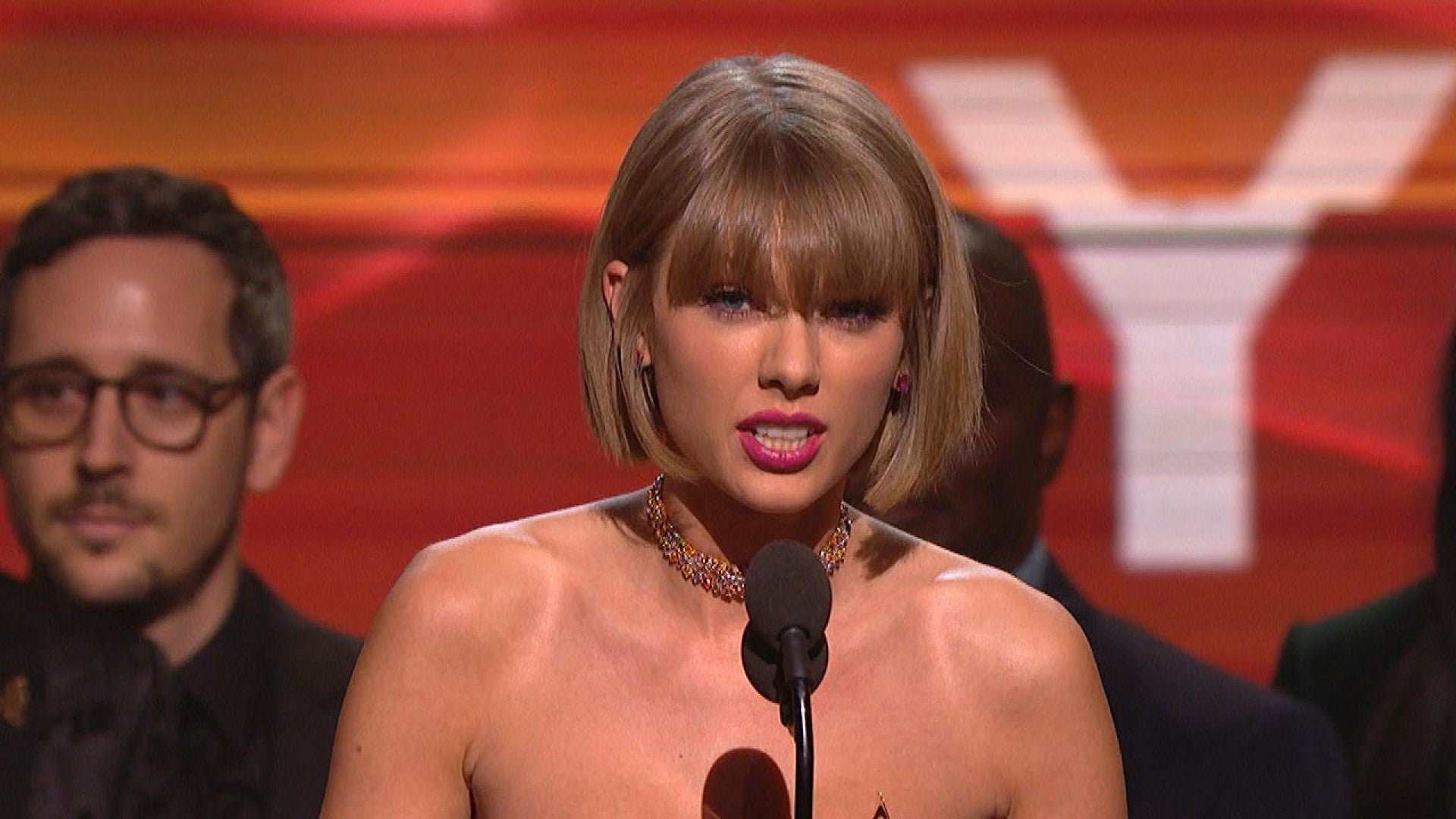 Taylor Swift Slams Kanye West In The Most Epic Way Possible During Grammys Acceptance Speech Entertainment Tonight