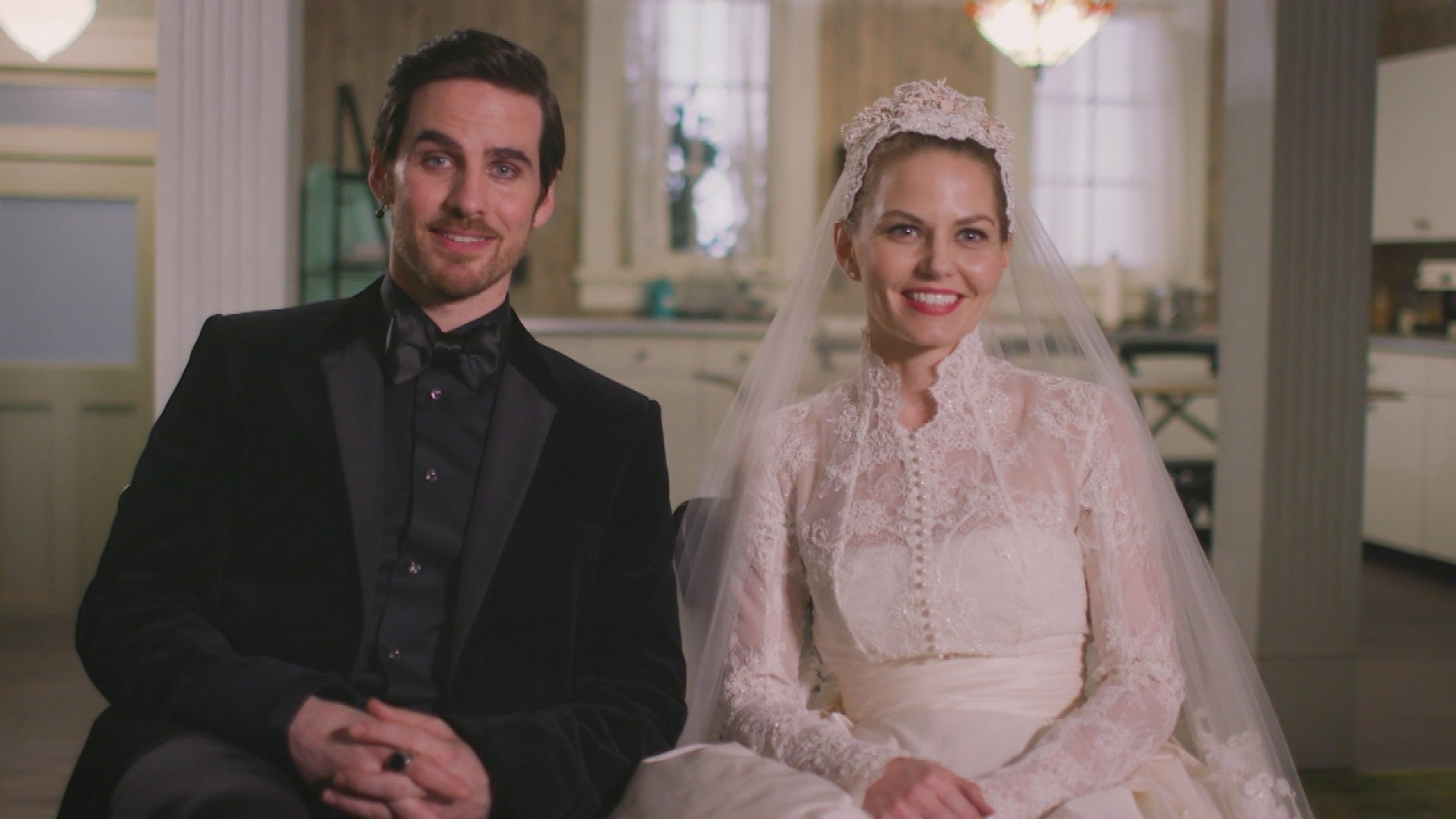 Exclusive The 7 Biggest Secrets From Hook Emma S Once Upon A