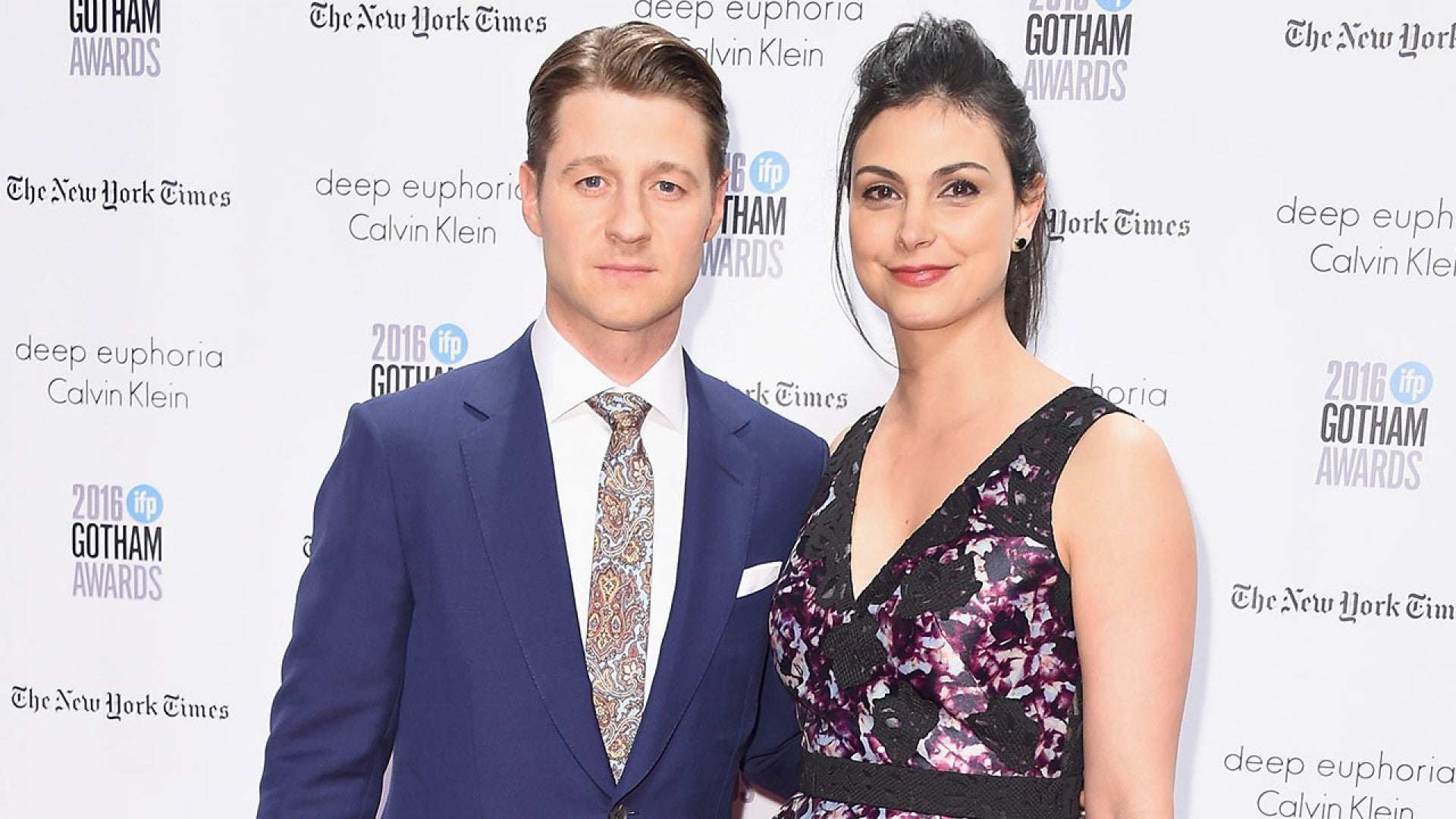 Ben Mckenzie Reveals He First Met Fiancee Morena Baccarin On Set Of The Oc Admits He Blew Her Off Entertainment Tonight
