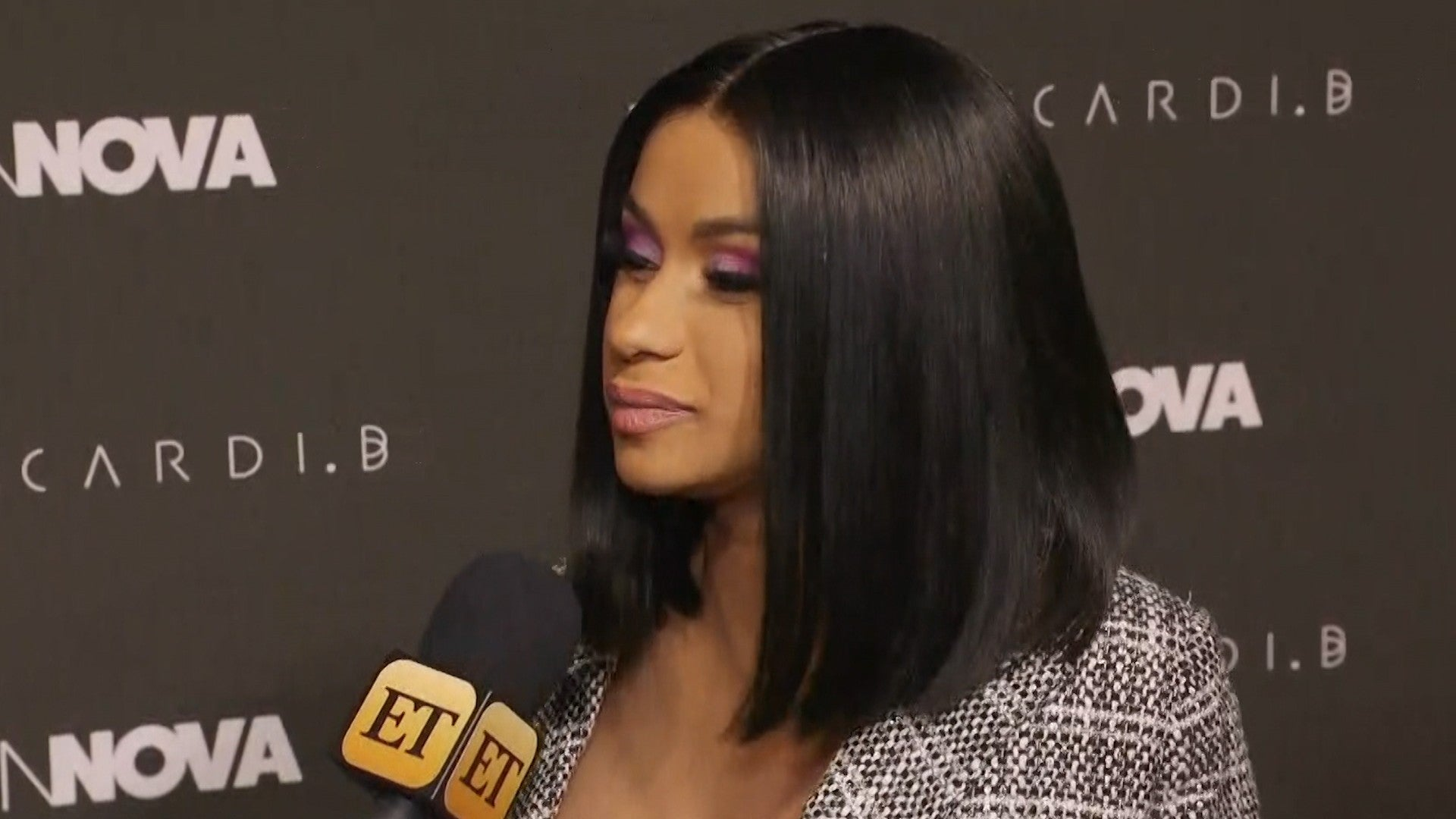 Cardi B Shares The Heartbreaking Reason She S Scared To Post