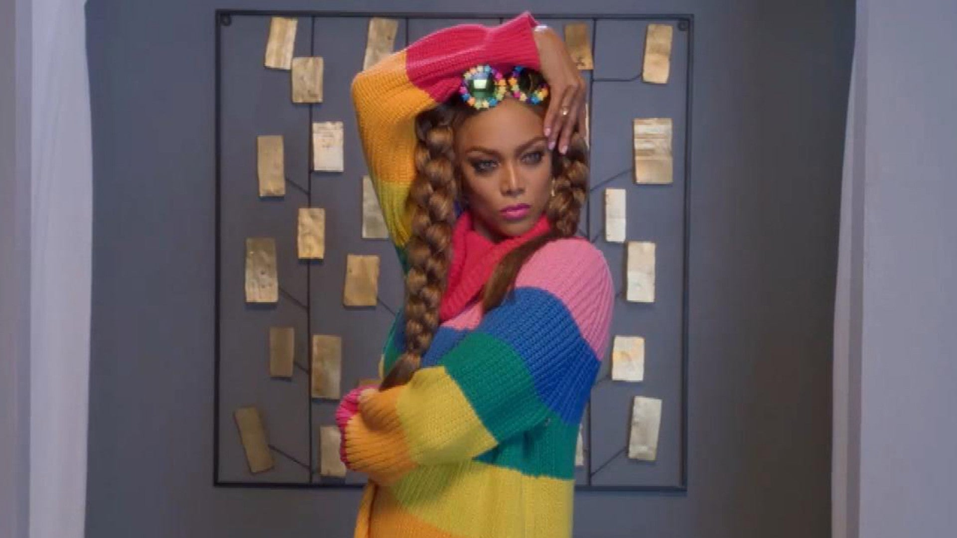Life Size 2 Trailer Is Here Watch Tyra Banks Extra Special Return As Eve Exclusive Entertainment Tonight