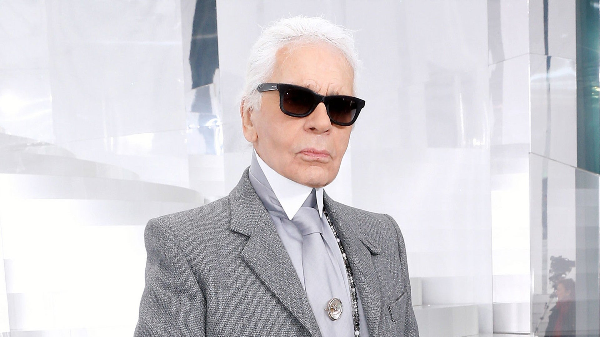 Karl Lagerfeld A Look Back At The Iconic Fashion Moments The Legendary Designer Gave Us Entertainment Tonight,Long Island Website Design
