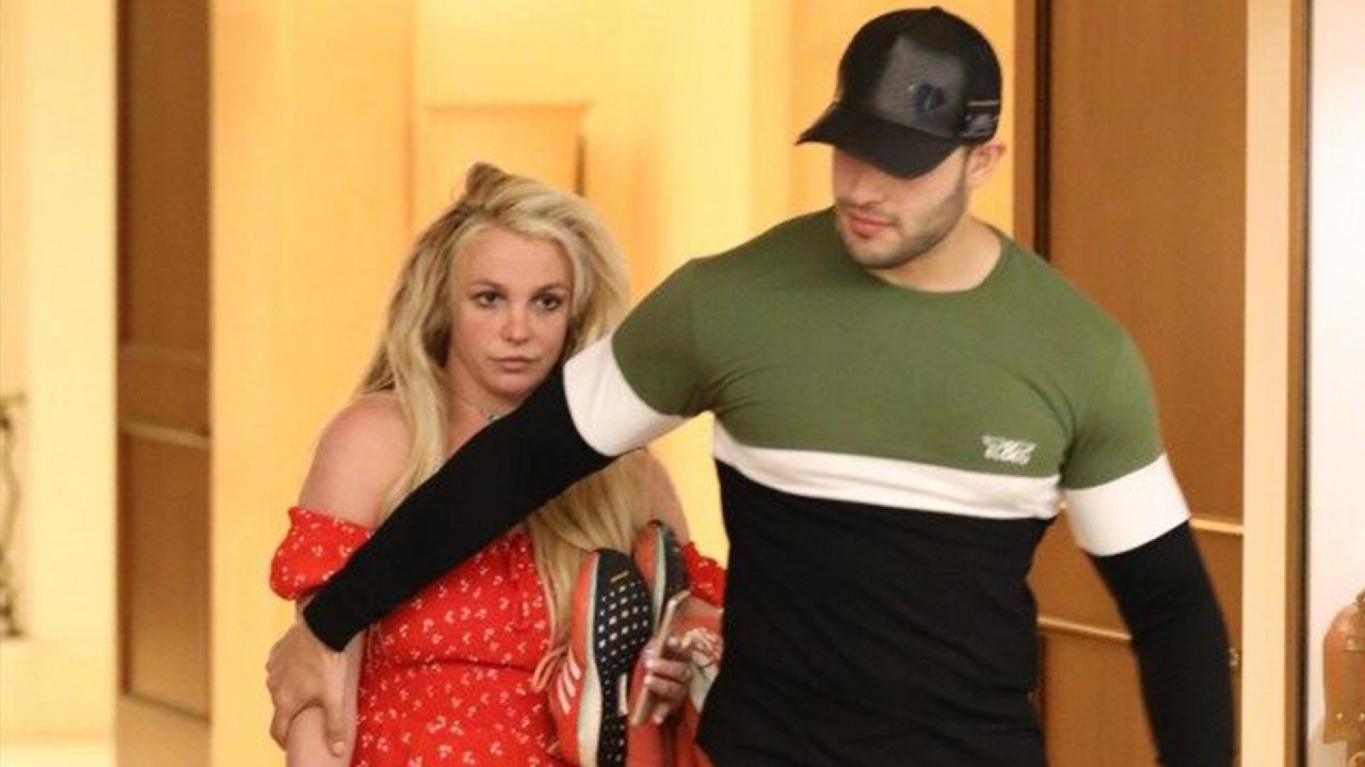 eto_free_britney_new_photo_042219.jpg?h=