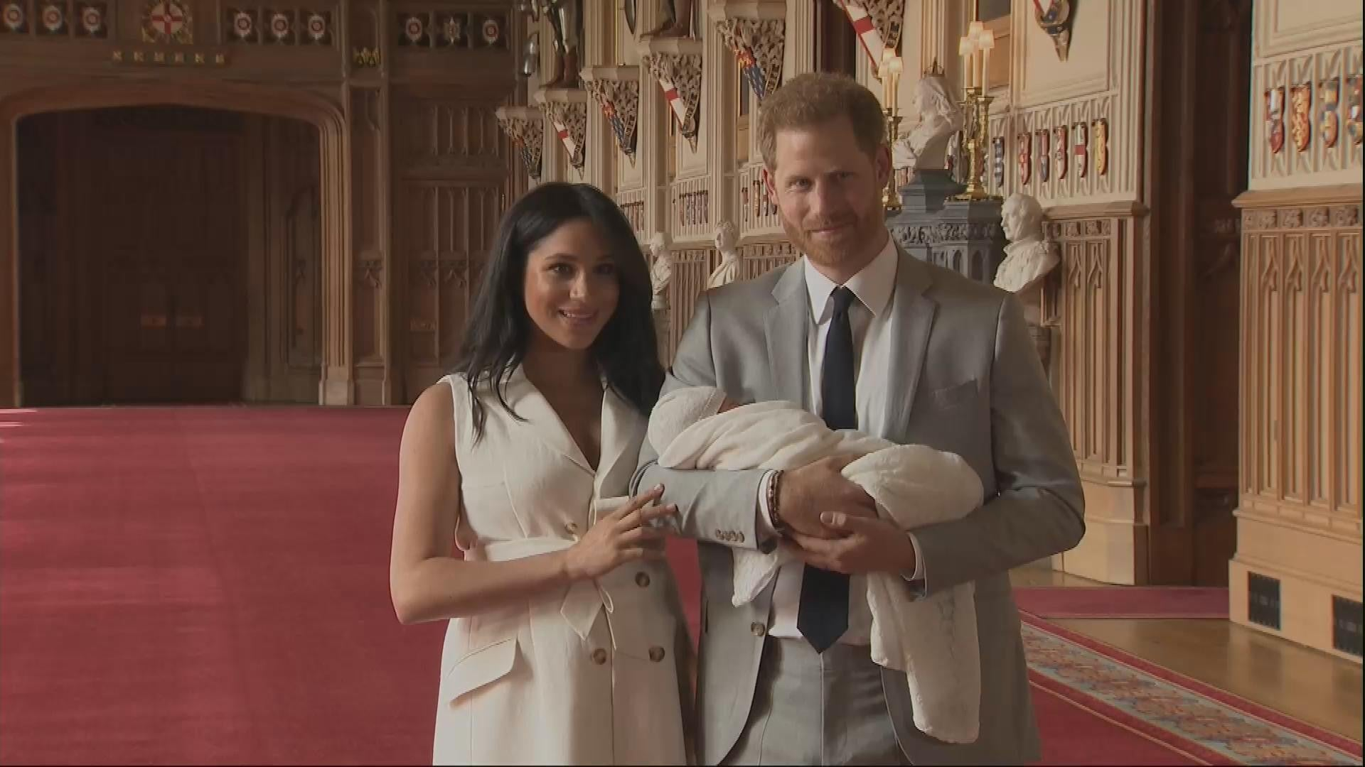 meghan markle and prince harry share never before seen photos from their wedding day entertainment tonight how meghan markle and prince harry sweetly celebrated their first wedding anniversary