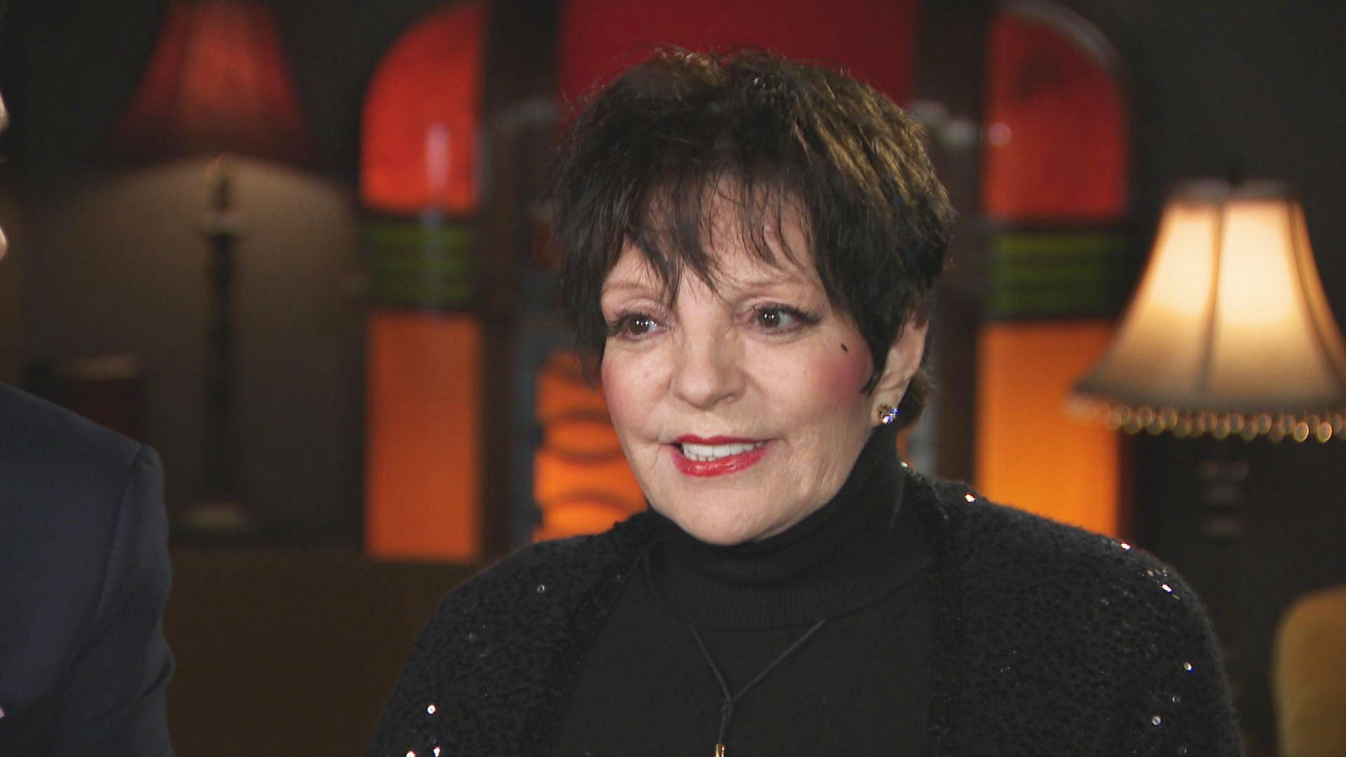 Why Liza Minnelli Is Concerned About Renee Zellweger S Judy Garland Biopic Exclusive Entertainment Tonight