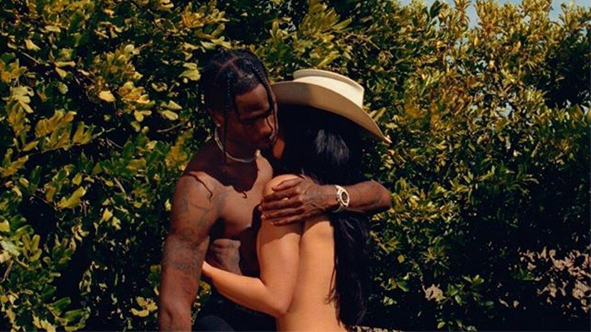 Travis nackt Kylie  Kylie Jenner's