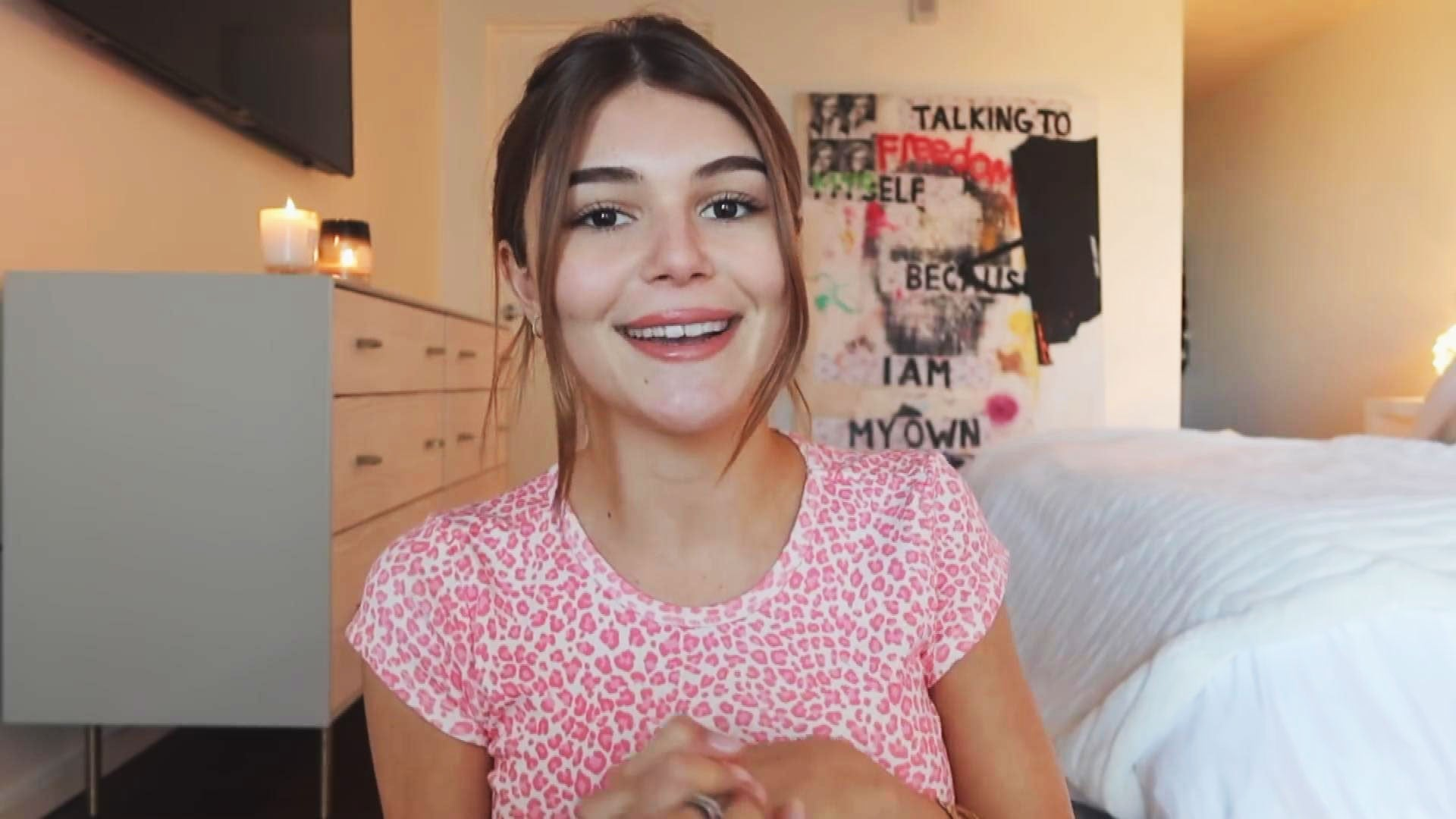 Lori Loughlin And Family Support Olivia Jade S Return To Youtube Entertainment Tonight